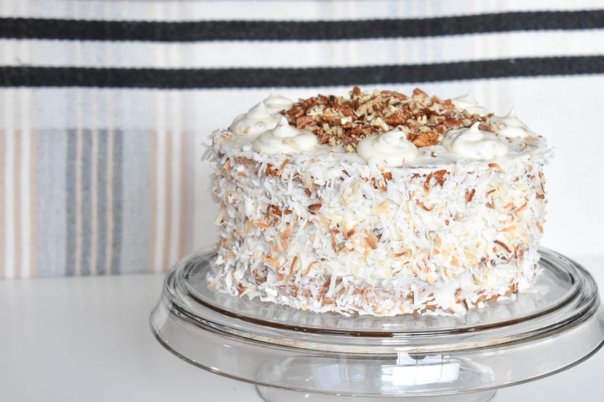 Holiday Vibes and an Extra Moist Italian Cream Cake